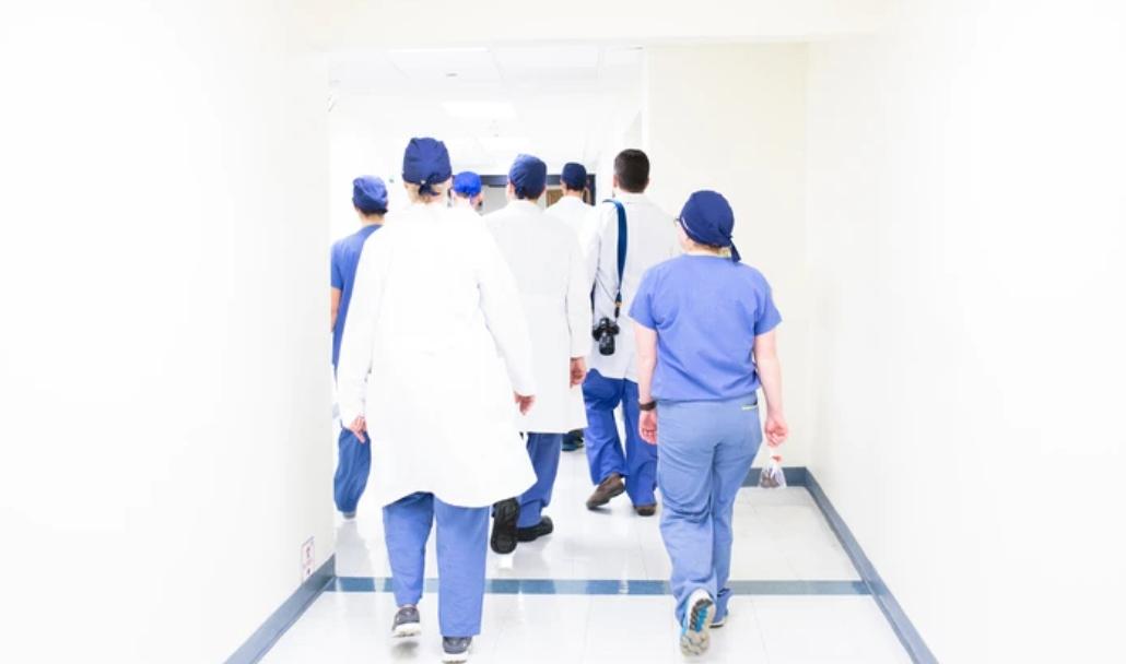 De ce sunt importante uniformele medicale?